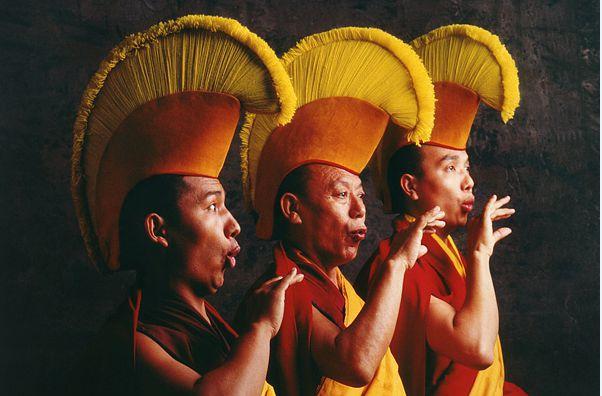 Zpěv po mongolsku a tibetsku: Dech, meditace hlasem a alikvotni techniky