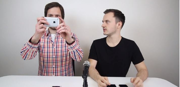 Foťte iPhonem jako zrcadlovkou