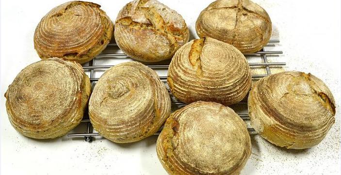 Kvaskový chléb - upečme si bochník